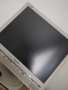 Kompjuter LG