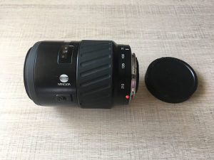 Objektiv Minolta 70-210 AF / DETALJNO!