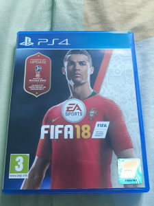 FIFA 18 + World Cup Update (PlayStation 4 PS4)