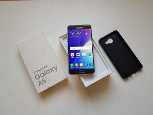 Samsung Galaxy A5 2016 Gold FABRICKO STANJE