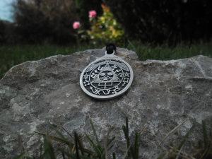 Talisman sunca,amulet ogrlica