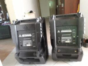 Zvučne kutije aktivne Behringer B 300