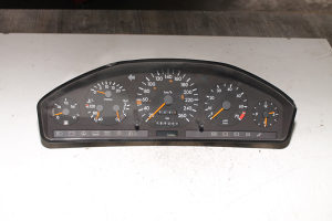 Mercedes W140 sat