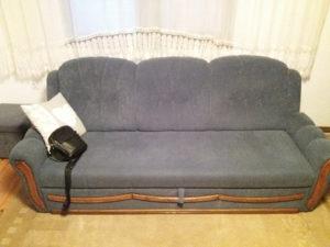 Namjestaj- 2 trosjeda i fotelja