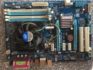 Gigabyte ga-z68ap-d3 + Core i3 3210