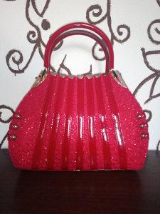 Ženska elegantna torba / crvene boje