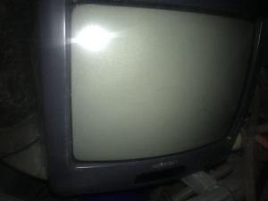 Televizor manji Sharp