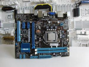 Matična ploča ASUS H61 sa Core I5 3470 I Socket 1155