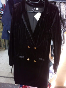 H&M ženski pliš sako/haljina vel 44/46