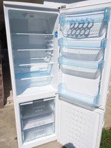 Kombinovani frižider BEKO 184cm