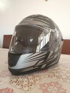 Moto kaciga LS2