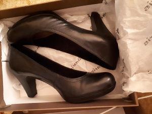 Zenska crna cipela