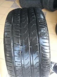 Prodajem 4 gume 245 45 17 Pirelli