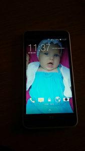 HTC 820+