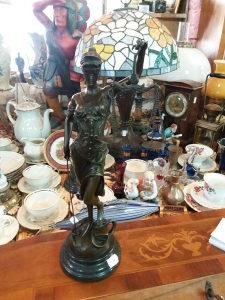 Figura od bronze