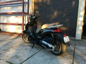 Motocikl skuter beverly piaggio 500Ie