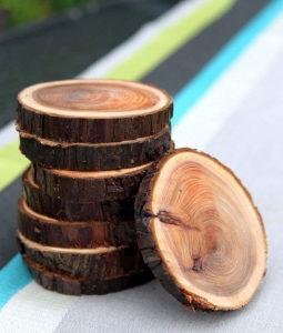 Drveni podmetači za čaše