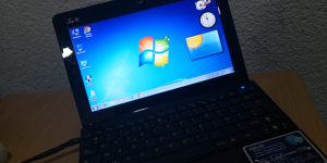 Mini laptop asus