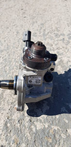 Pumpa visokog pritiska Bmw f30 3.0xd