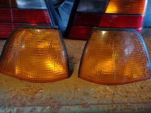 BMW e36 prednji zmigavci