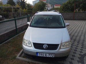 VW Touran 1.9 TDI/77KW/2005.god H I T N O !!!