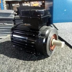 ELEKTRO MOTOR 1.5KW 2800obrt. NOV!