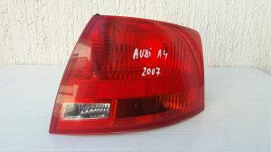Audi a4 2007 godina stop svjetlo desno