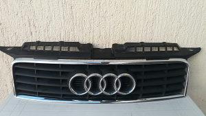 Audi a3 2006 maska prednja