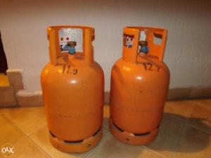 Plinske boce 2 komada pune