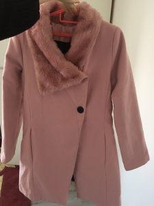 Ženski rozi kaput