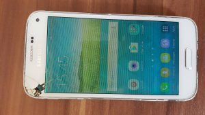 Samsung Galaxy S5 mini (pokvaren displej)