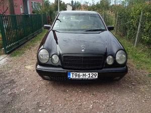Mercedes E290
