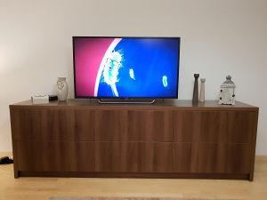 TV komoda i sto