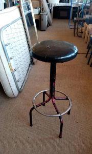 Stolica  visoka za šank