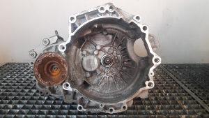 MJENJAC VW GOLF 4 1.6 16V ERT MANUELNI 5 BR > 00-05