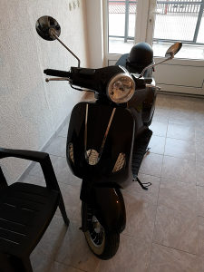 MOTOR SKUTER VESPA