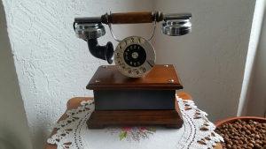 Starine antikviteti stilski telefon drveni