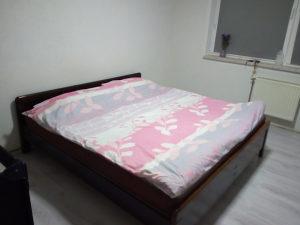 Bračni krevet + veliki madrac gratis