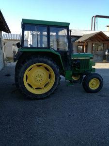 Traktor John Dere 2030