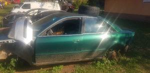 Audi a4 krov polustranica