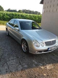 Mercedes-Benz E 220 E 220
