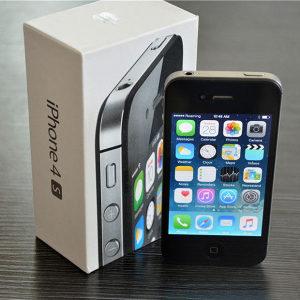iPhone 4s * 16GB * crni