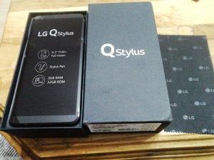 LG Q STYLUS 3GB ram 32 GB rom