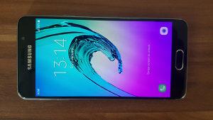 Samsung Galaxy A3 2016, 16GB, crni, garancija