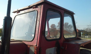 Kabina traktorska imt