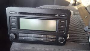 RADIO CD ORIGINAL TOURAN GOLF 5 PASSAT 6