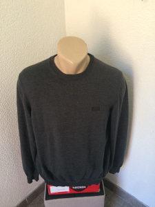 Hugo Boss muški džemper vel. L