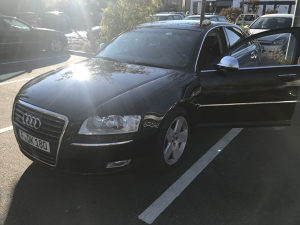Audi A8 4.2 L