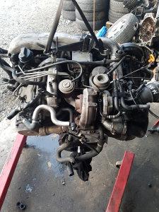 Motor Audi A4 A6 2,5 TDI 132 KW ozn BAU