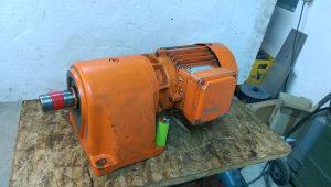 elektro motor reduktor 1.5 kw 36 obrtaja